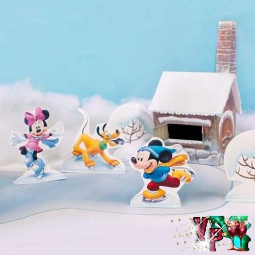 Зимнее оформление уголка в детском саду - Микки Маус и его друзья